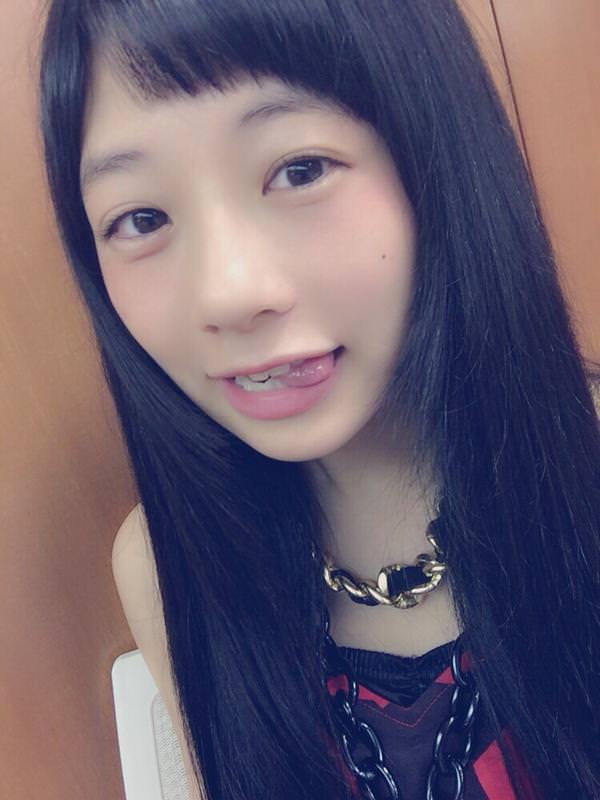 舌出しの美少女 8