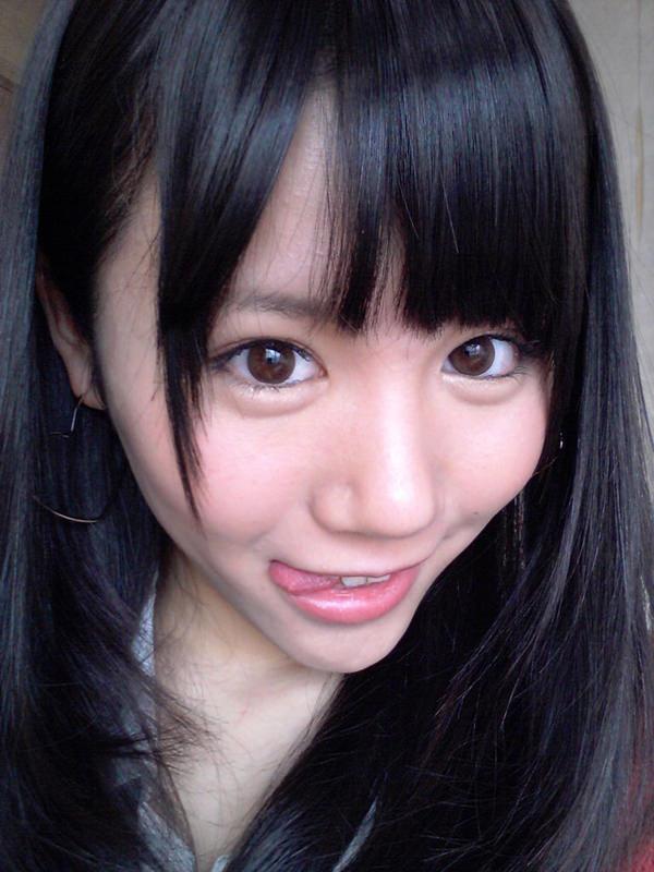 舌出しの美少女 16