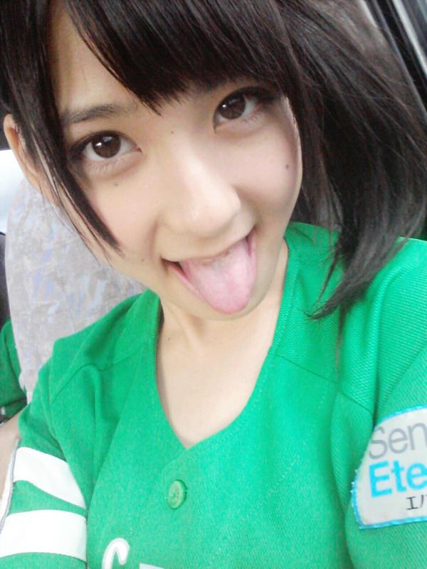 舌出しの美少女 21