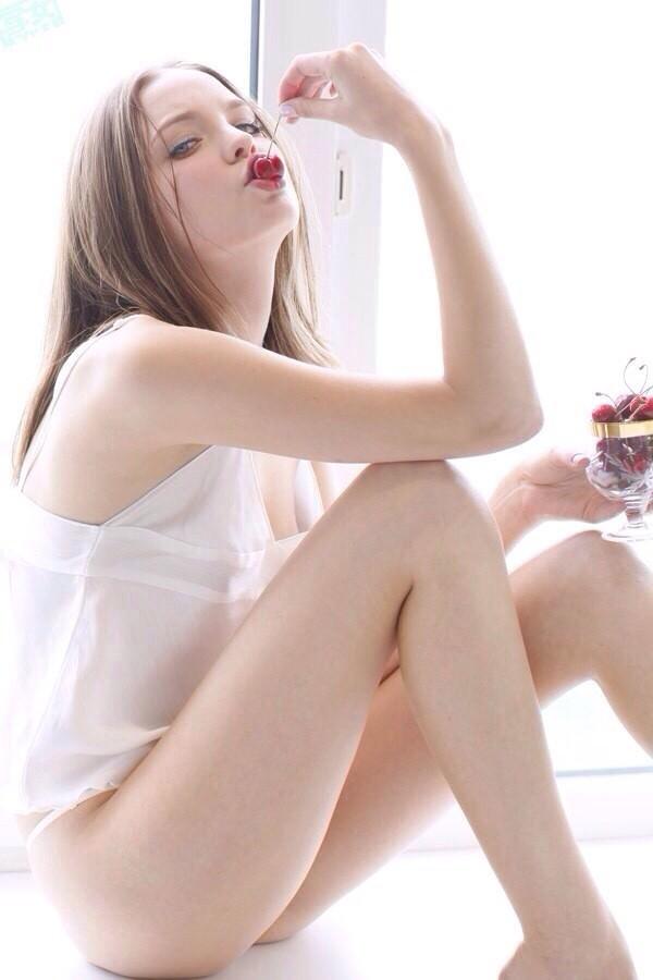 ロシア人美少女 18