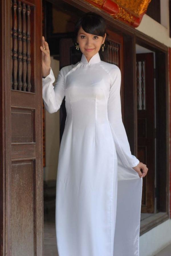 アオザイのベトナム美女 4
