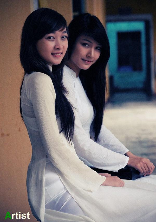 アオザイ姿のベトナム美女 52
