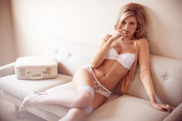 外国人美女の下着姿 24