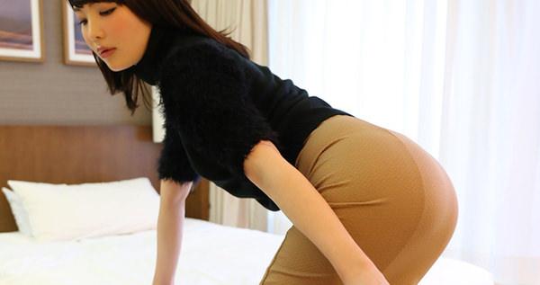 セックス前の清楚な人妻 16