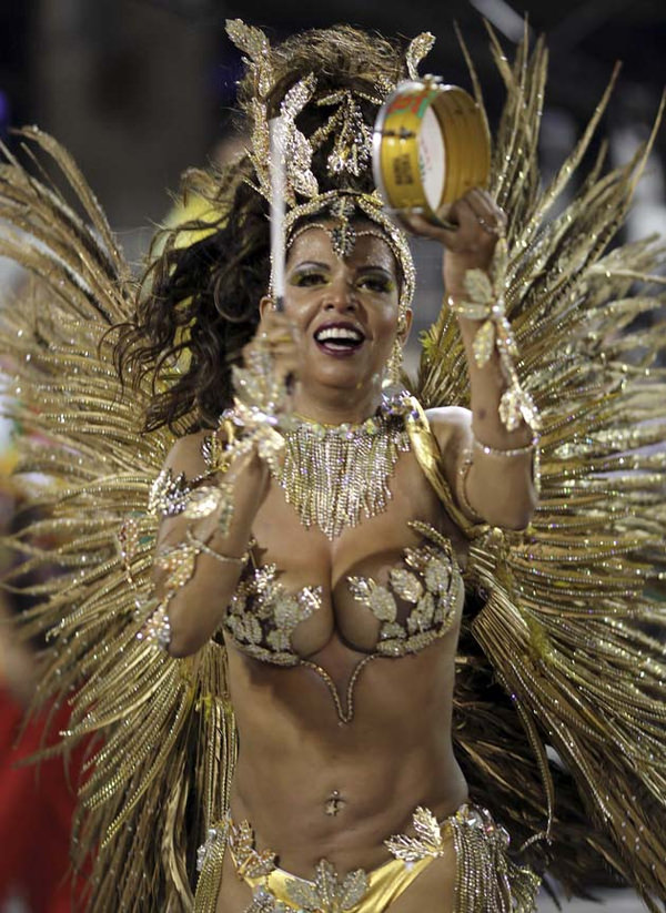 爆乳でデカケツな南米女性 2