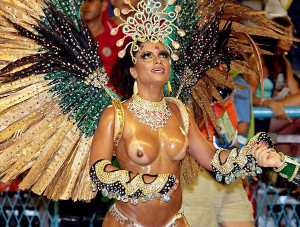 爆乳でデカケツな南米女性 20