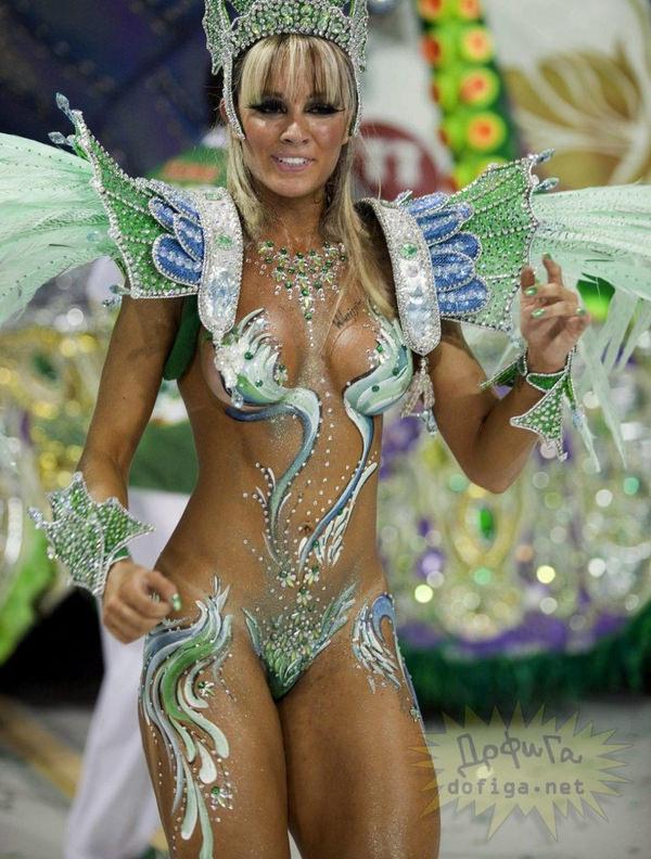 爆乳でデカケツな南米女性 21