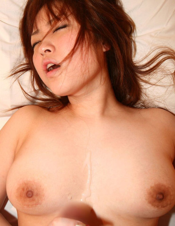 美巨乳のパイ射 8