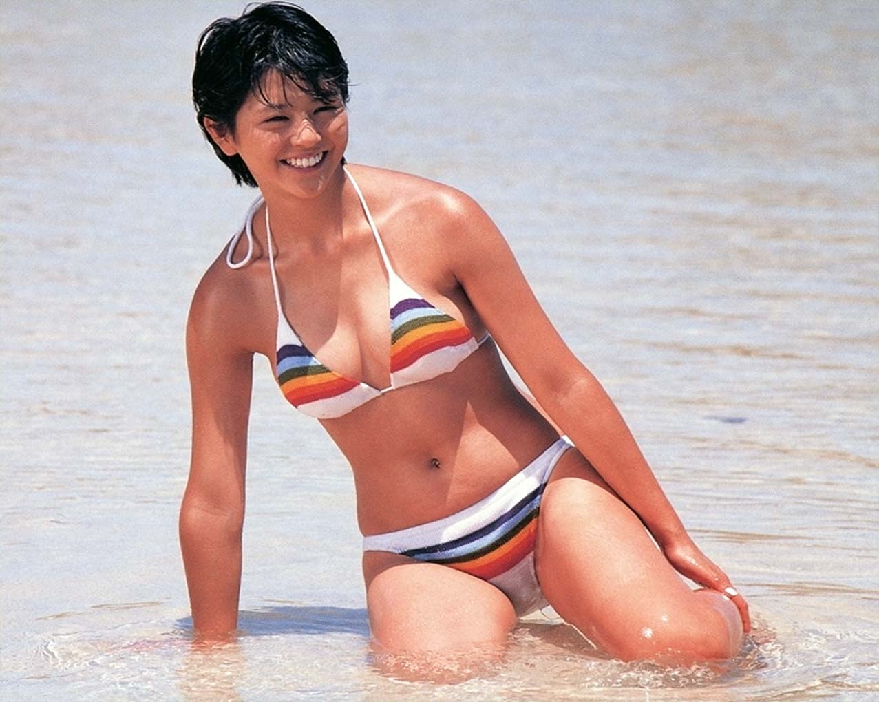 昭和アイドルの水着 小泉今日子