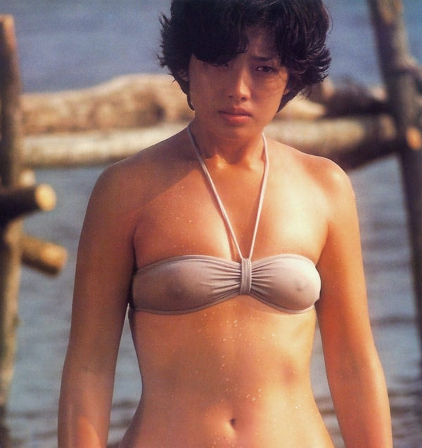昭和時代のアイドルの水着 34