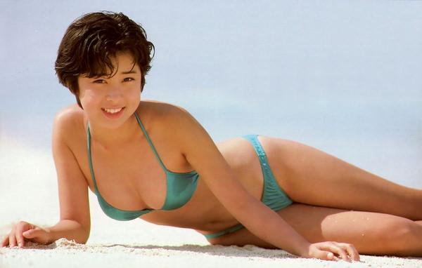 昭和時代のアイドルの水着 36