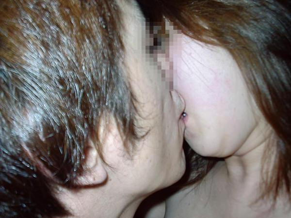 リア充カップルのキス 17
