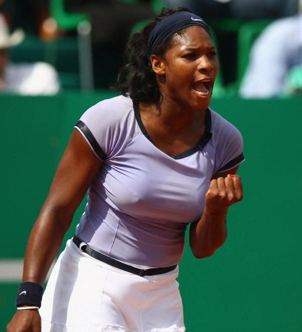 ノーブラで乳首ポッチの海外女子テニスプレイヤー 19