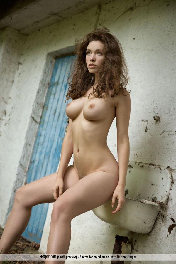 くぶれが素晴らしい外国人美女 24