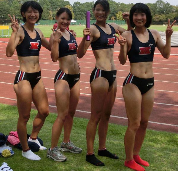 腹筋が美しい女子陸上選手 3