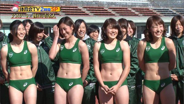 腹筋が美しい女子陸上選手 6