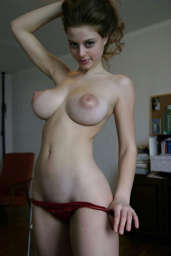 外国人美女のエロすぎる乳房のおっぱい banana tits 18