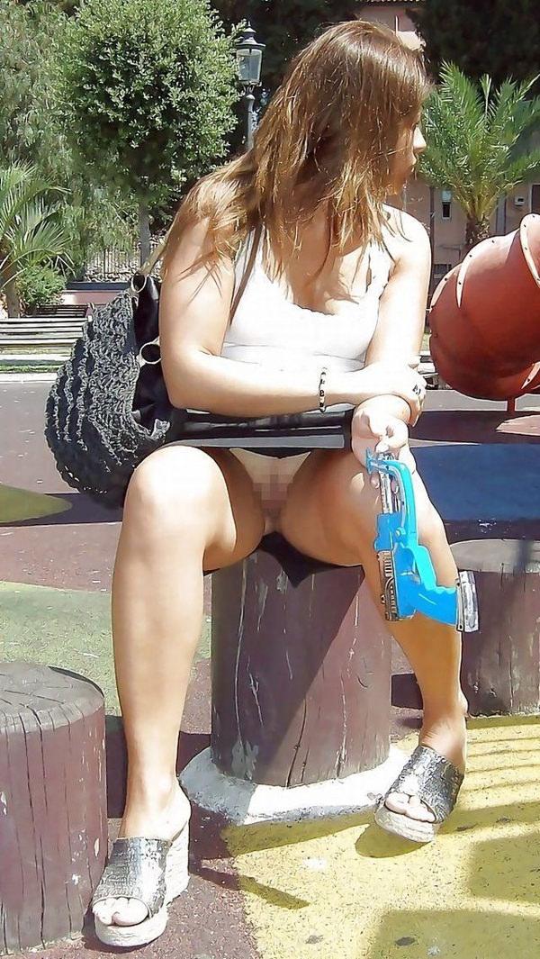 ノーパンの外国人女性 3