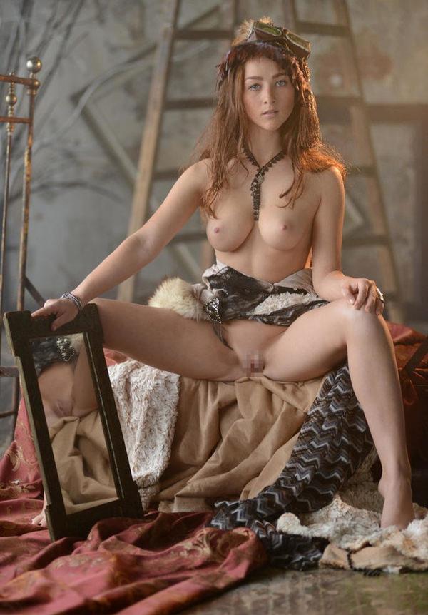 中世ヨーロッパ風の外国人美女ヌード 5