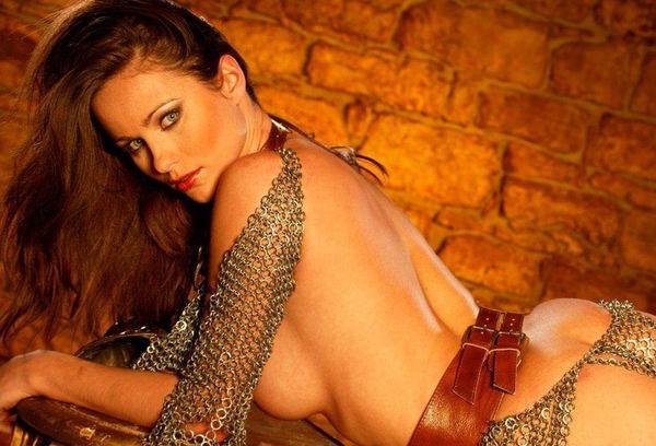 中世ヨーロッパ風の外国人美女ヌード 22