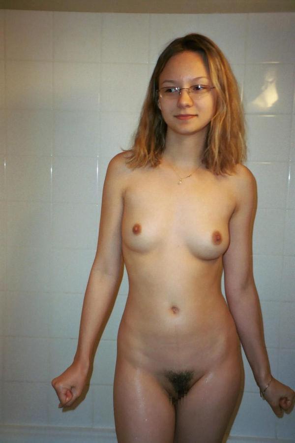 ちょいブスのメガネ外国人素人 35