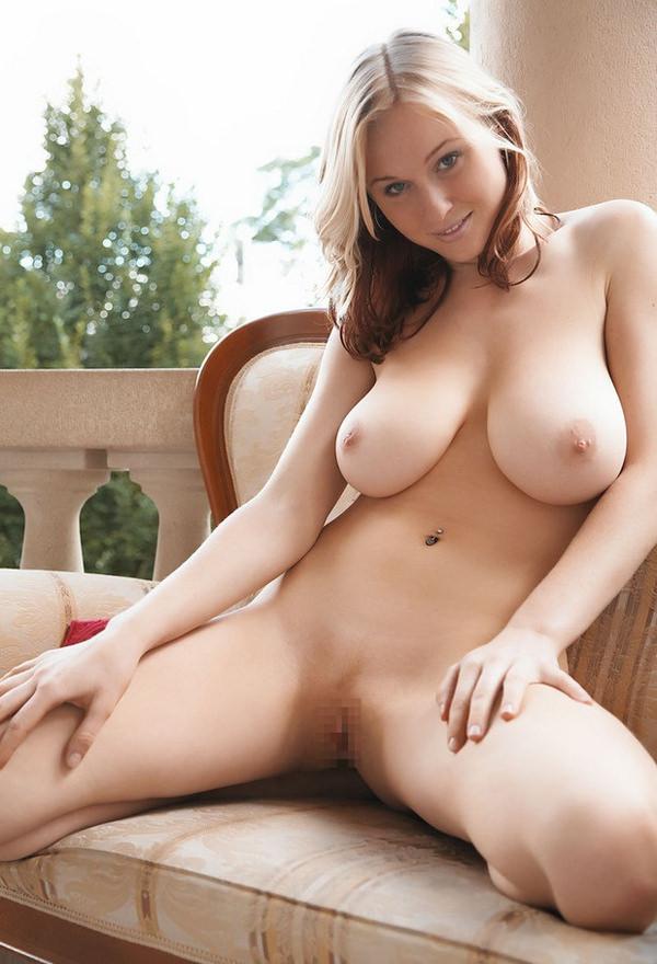 外国人の天然垂れ乳 35