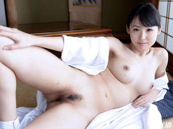 美女の和室ヌード 26