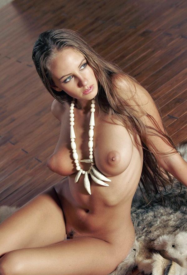 外国人美女のロケット乳 18