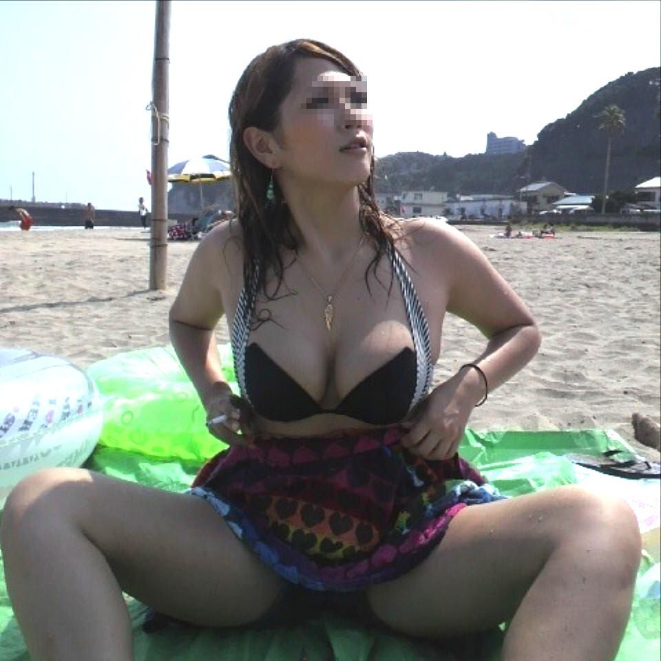 【素人水着】おっぱいがデケェーー巨乳素人の水着画像がヌケすぎwwwww