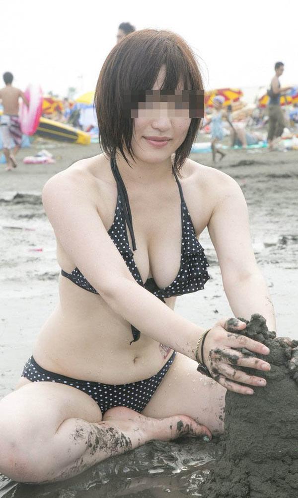 巨乳素人の水着 14
