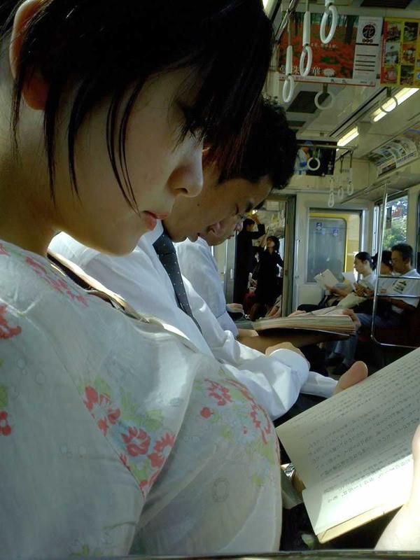 素人の白Tシャツの着衣巨乳 17