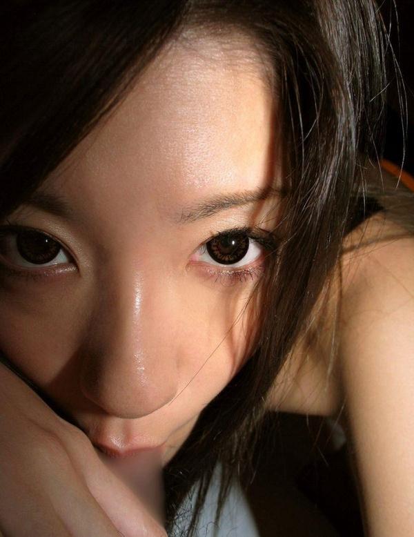 美少女のフェラ顔 26
