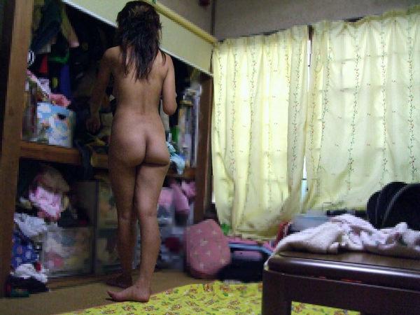 家庭内裸族の素人 13