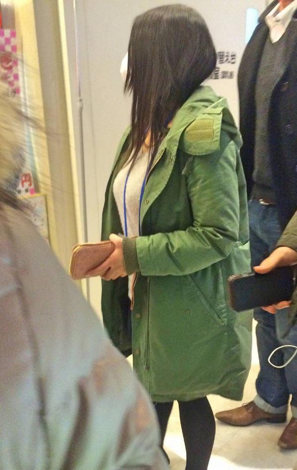 秋服の素人着衣巨乳 18