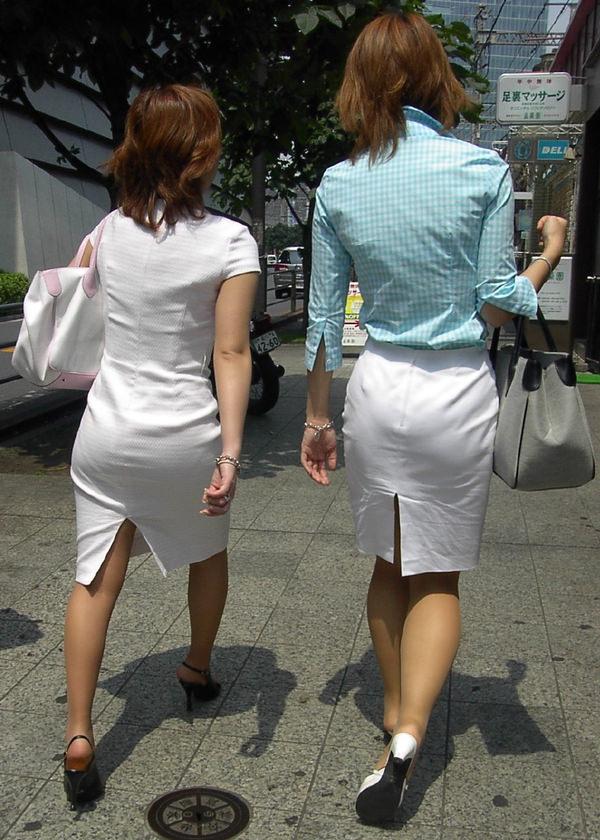 スリットスカートの素人の街撮り 12