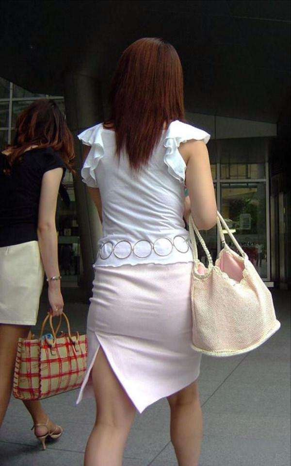 スリットスカートの素人の街撮り 14