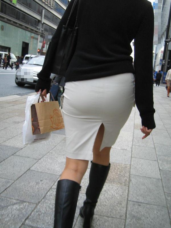 スリットスカートの素人の街撮り 15