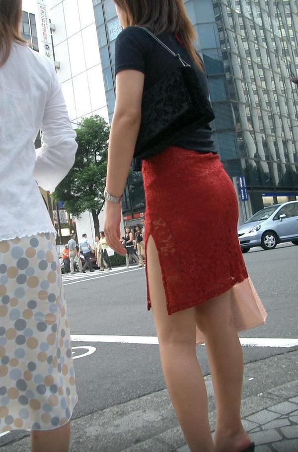 スリットスカートの素人の街撮り 24