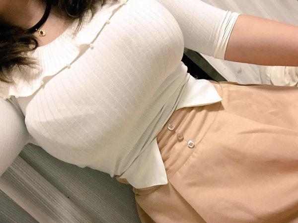 巨乳素人の着衣自撮り 7