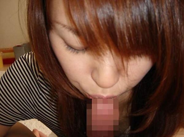 チンコの先にキスしてる女の子 22