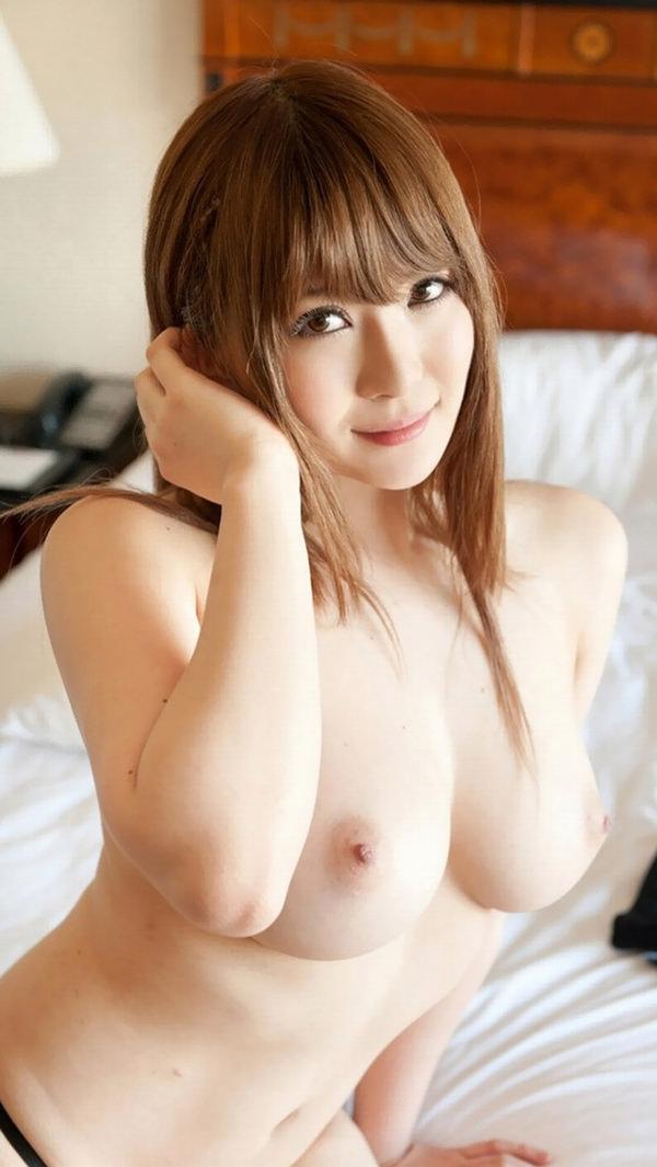 極上の美乳 19
