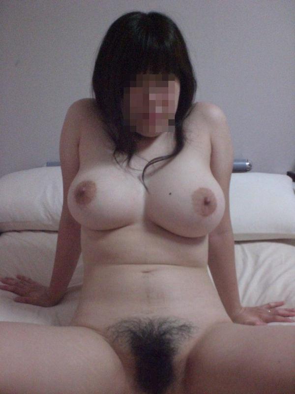家庭内素人巨乳 17