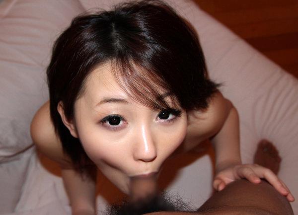 童顔美少女のフェラ 21