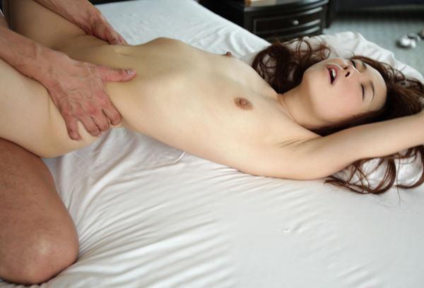 貧乳女子と正常位セックス 7