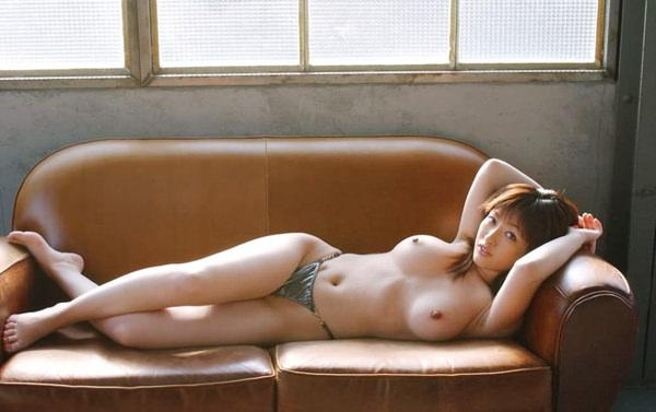 美乳の寝乳 13