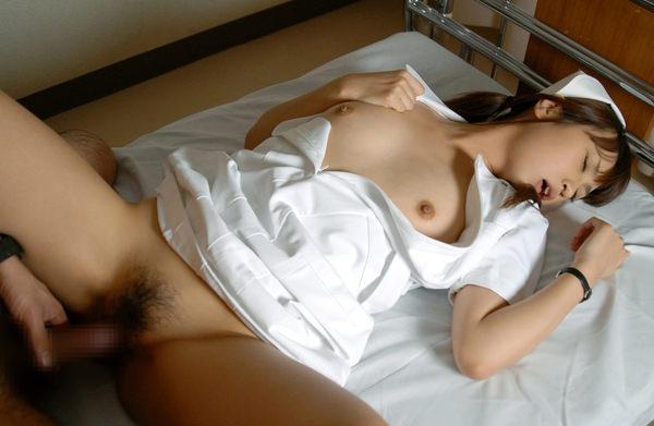 ナース服の着衣セックス 12