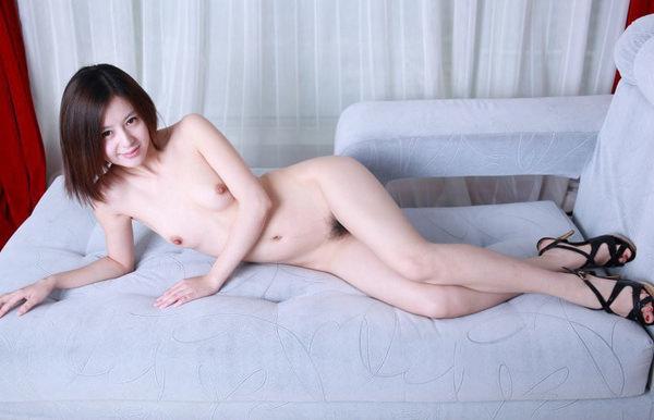 中国人美少女のヌード 17
