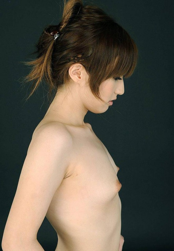 貧乳の横乳 22