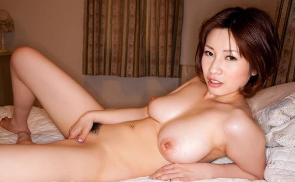全裸美女の手パンツ 5