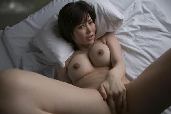 全裸美女の手パンツ 6
